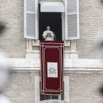 No Angelus, Papa recorda beatificação de Pe. João Schiavo