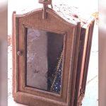 Imagem de Nossa Senhora achada intacta após mar de lama destruir casa em Brumadinho